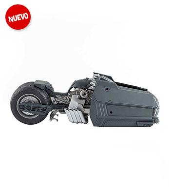 Batcycle-White-Knight-00.jpg